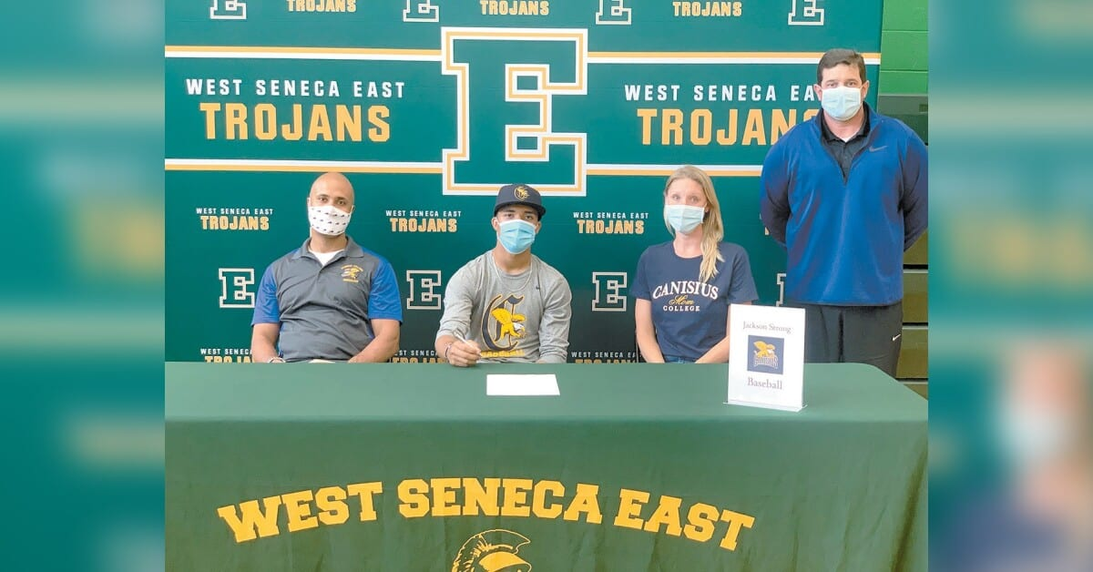 Signing on the dotted line | West Seneca Bee